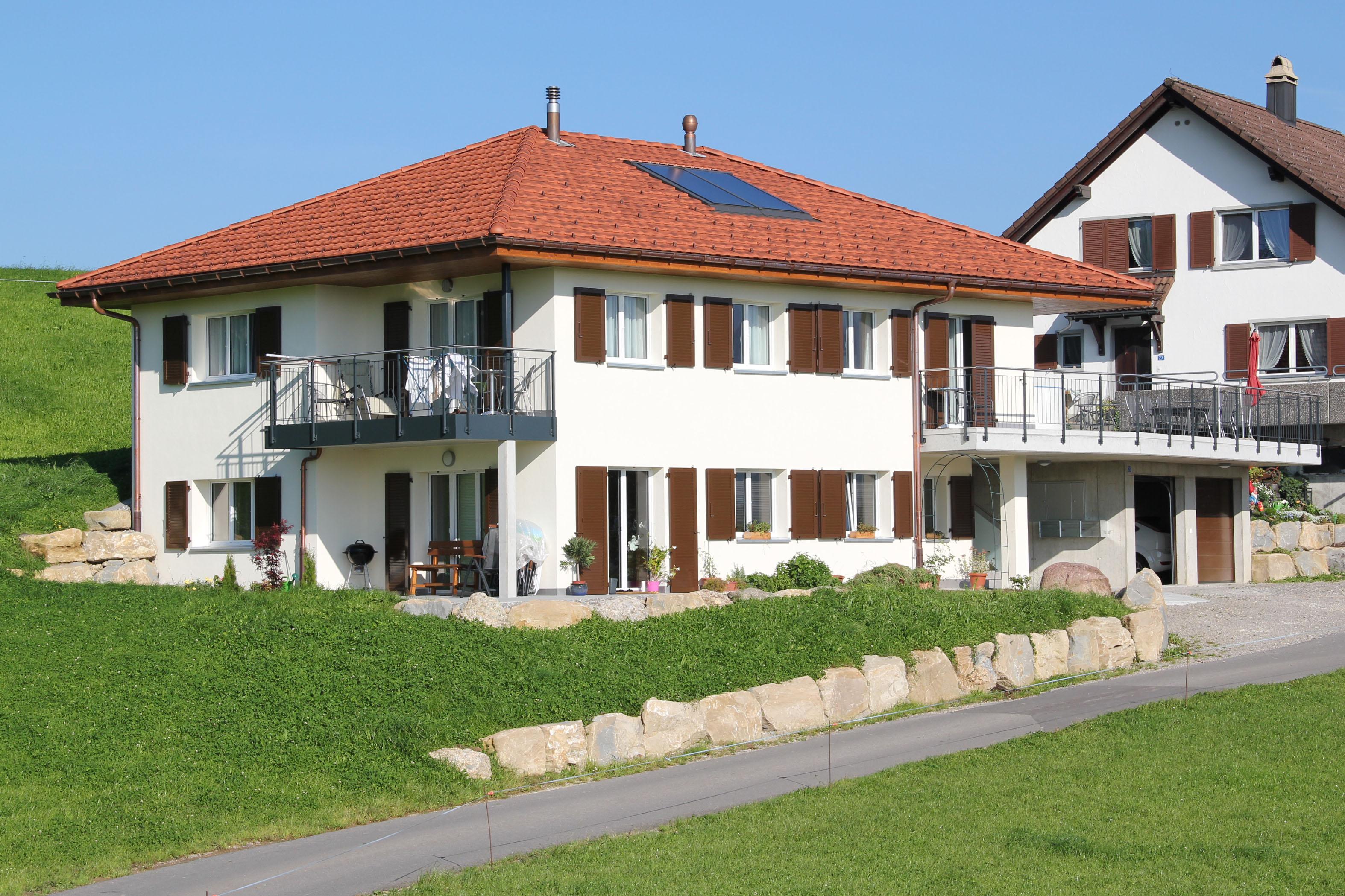 Neubau Architektur Ersatzbau Ronner Bauleitung Planung Kaltbrunn modern Zeltdach Landwirtschaft Bauern Betrieb Haus zeitgenössisch