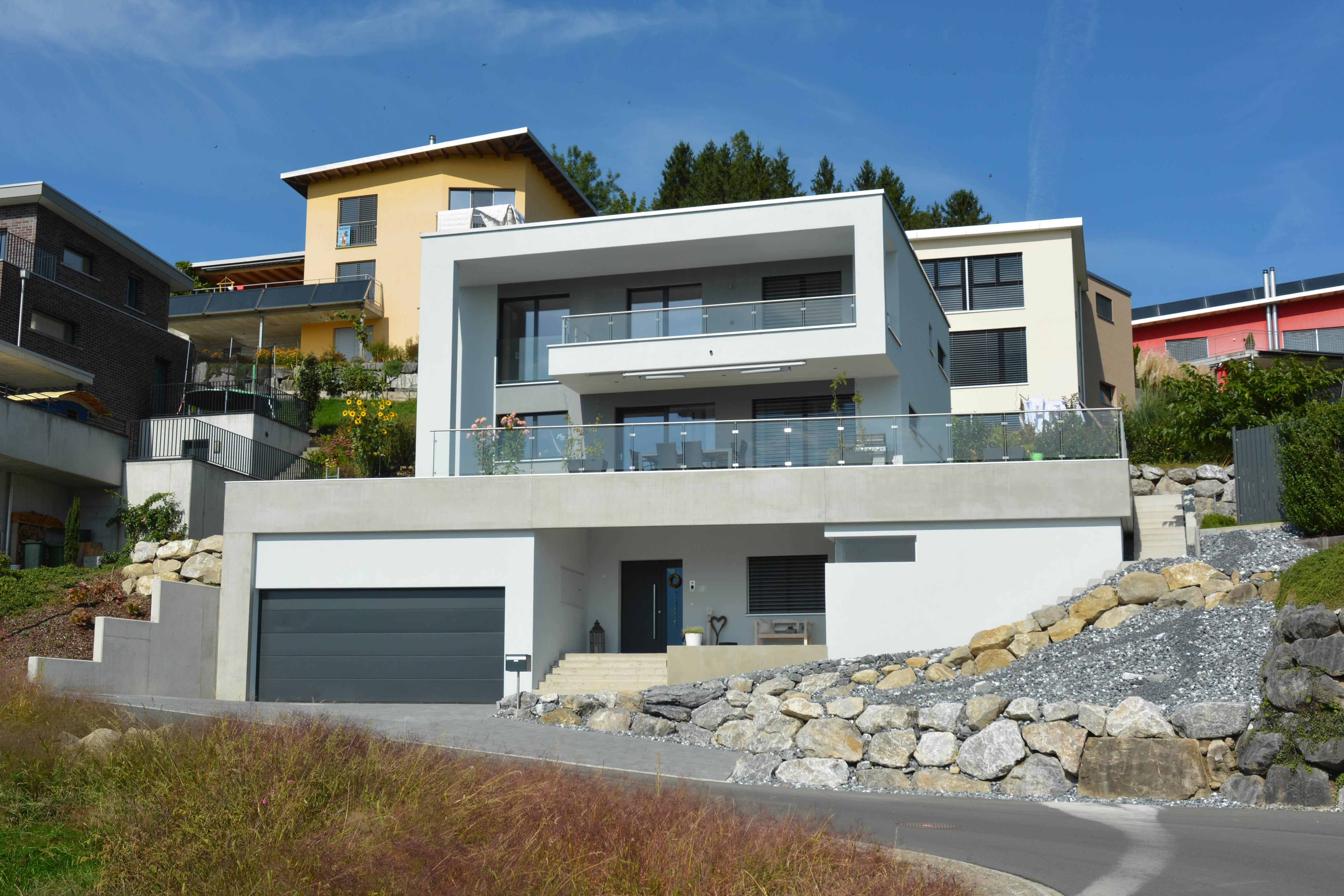 Studie Variante moderne Architektur Familie Garten Bauleitung Planung Kaltbrunn Ronner Design zeitgenössich modern kubisch